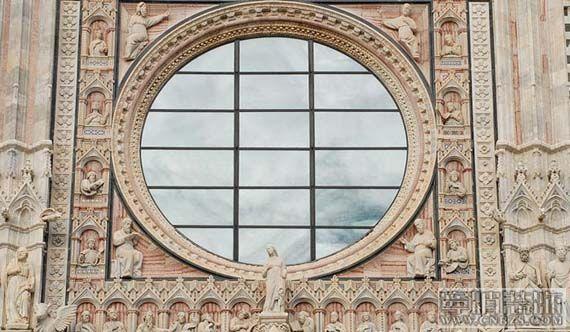 意大利建筑受哥特式风格影响